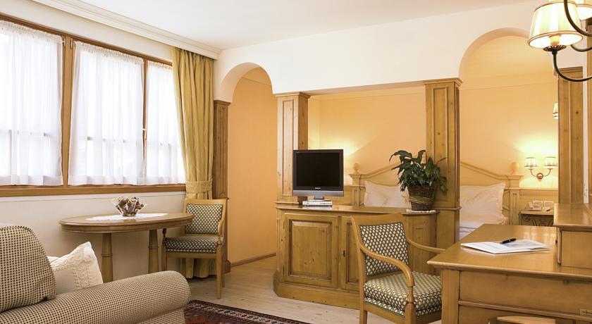 Alpen Suite Hotel interni